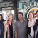 Campagne électorale: Le Maire Denis Coderre en visite au Petit Maghreb